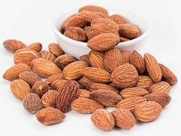 Almonds: Health Benefits and Nutritional Value